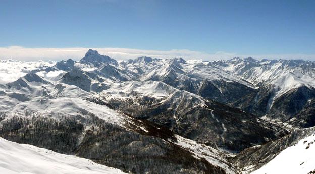 Pure ski company heliskiing monviso