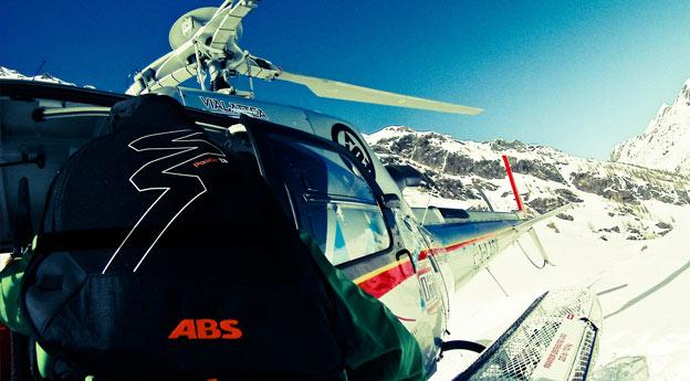 Pure ski company helicopter service sicurezza
