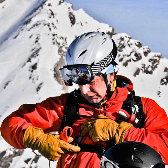 Eric-Carquillat-Manager-Pure-Ski-Company-Helicopter-Service